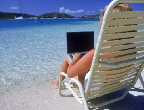Hoy ambientillo… varias chicas viendo el webinar desde la playa :)